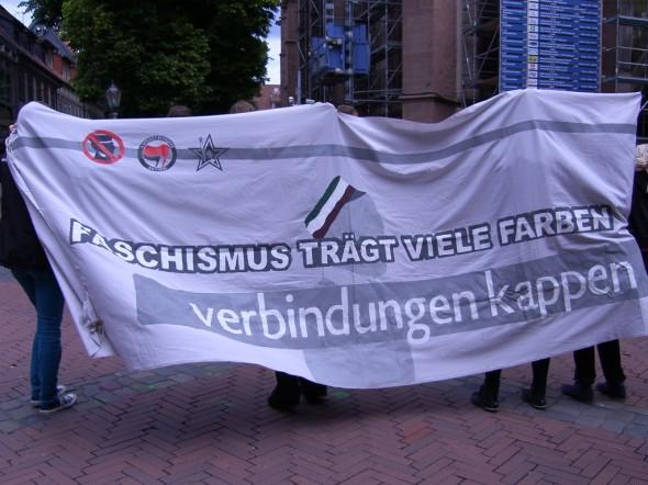 Kundgebung gegen Hannovera-Stiftungsfest: Transparent gegen Verbindungen