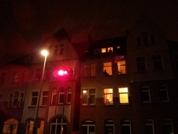 Ravedemo: Beleuchtung vom Balkon