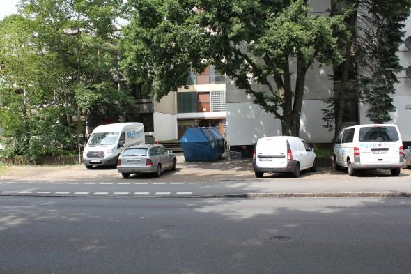 Müllcontainer und Baufirmen: Mittlerweile tut sich was im Hagenweg